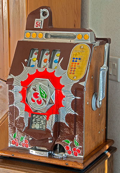 Mills 1937 Bursting Cherry Slot Machine
